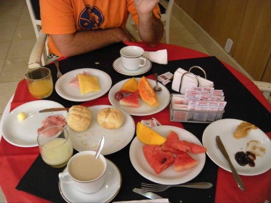 Grande Hotel Canada: El desayuno