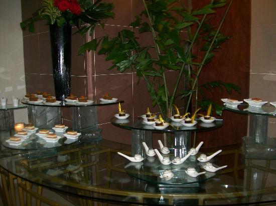 Continental Hotel & Casino : SALON COMEDOR