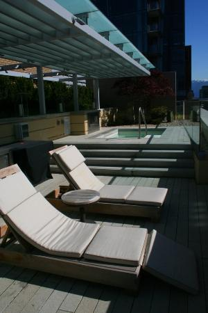 Rosewood Hotel Georgia : The deck off the Lord Stanley Suite