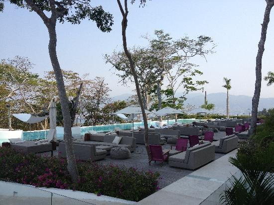 Hotel Encanto : The tempting pool area
