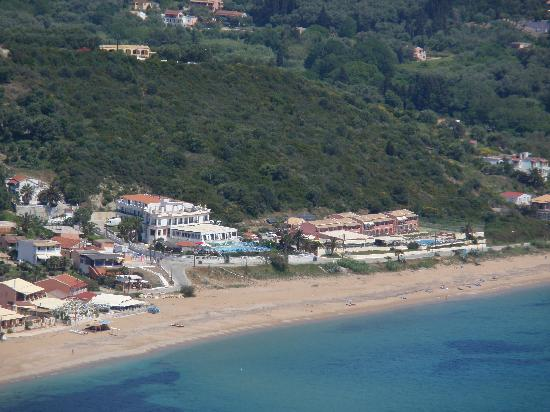‪‪Hotel Costas Golden Beach‬: Hotel viewed from Afionas‬