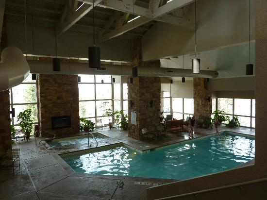 Brian Head, UT: Pool and hot tub area