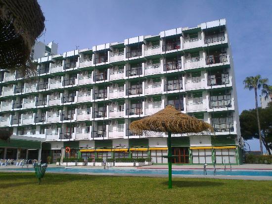 Hotel San Fermin: Exteriores del hotel
