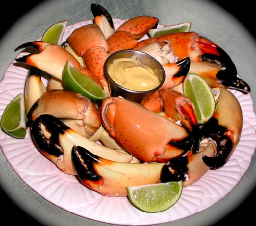 KING Seafood Market & Restaurant: Fresh Stone Crab (in Season)