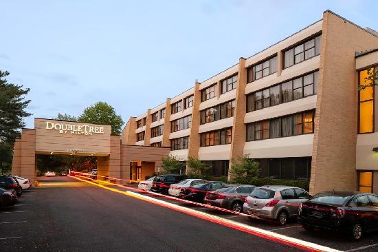 DoubleTree by Hilton Columbia: Exterior