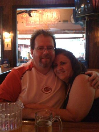 Hogg's Upstairs Taverne: My husband and I