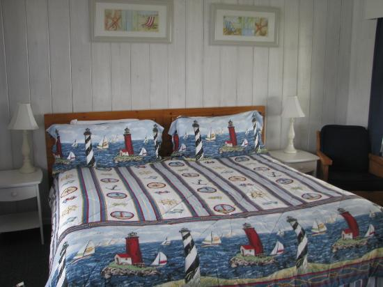 Deane's Oceanfront Lodge: our room