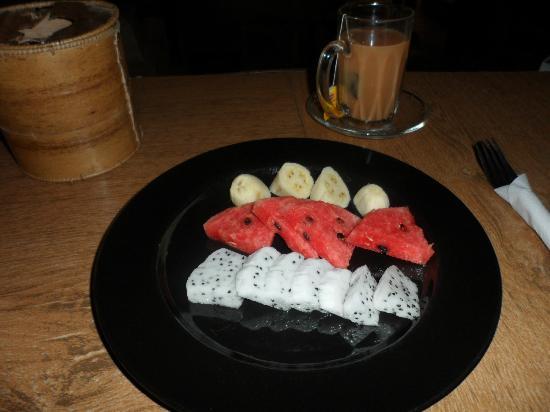 Babel Guesthouse: desayuno de fruta incluido en la tarifa