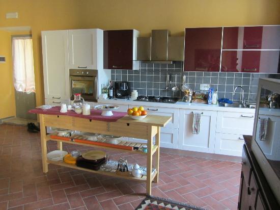 Palazzo delle Signorine: Kitchen