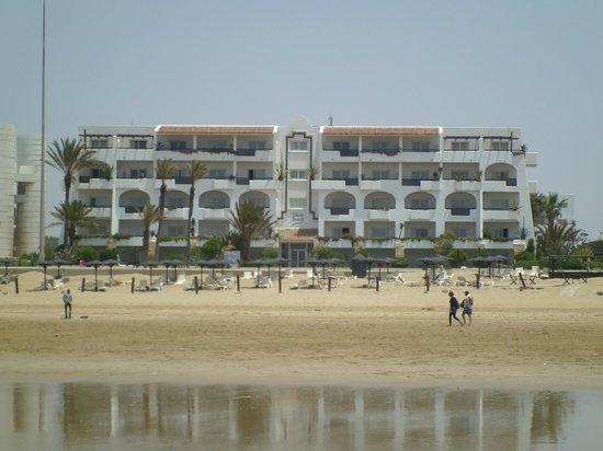 Hotel Riu Tikida Beach: Hotel from beach