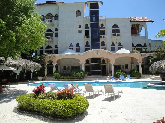 The Palace at Playa Grande: Pool View