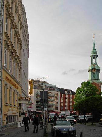Novum Hotel Norddeutscher Hof Hamburg: Hotel verso St Georg