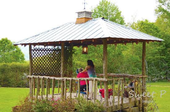 Banner Haven B&B and Cabin Rentals: Banner Elk Open Air Massages