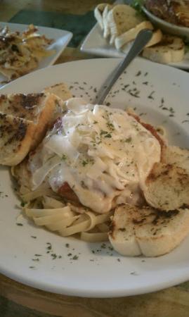 Food & Friends: Chicken Parmigiano with garlic bread