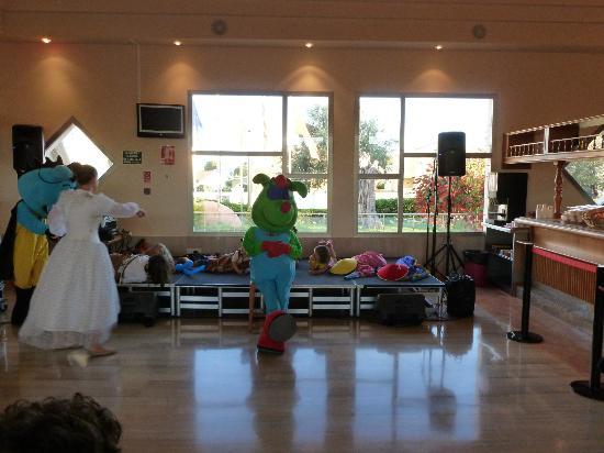 Viva Menorca: Bufo show