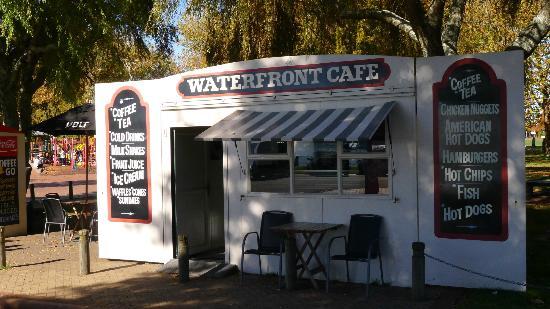 Kiosk at Lake Rotorua