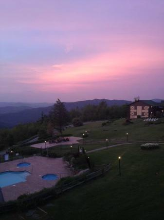 Switzerland Inn: Sunrise