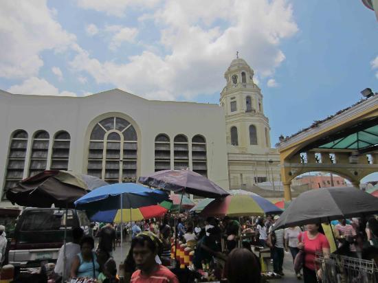 It's busy around Quiapo Church