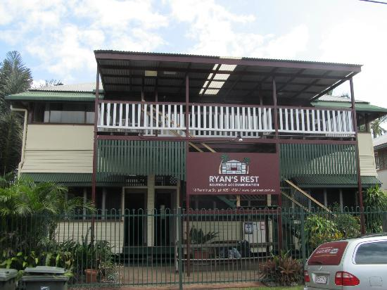Ryan's Rest: The best place to overnight in Cairns....keep the secret !!