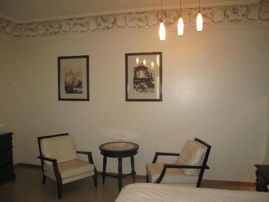 Hotel Puebla de Antano : Sitting Area - My Room