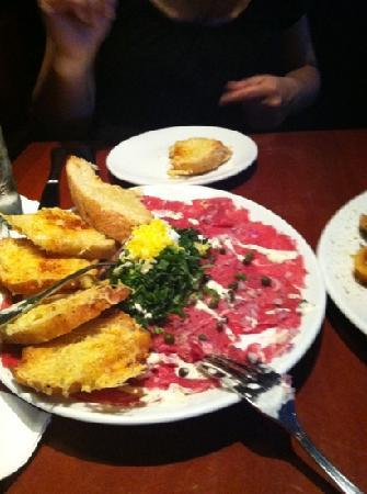 Fleming's Prime Steakhouse & Wine Bar : great carpaccio