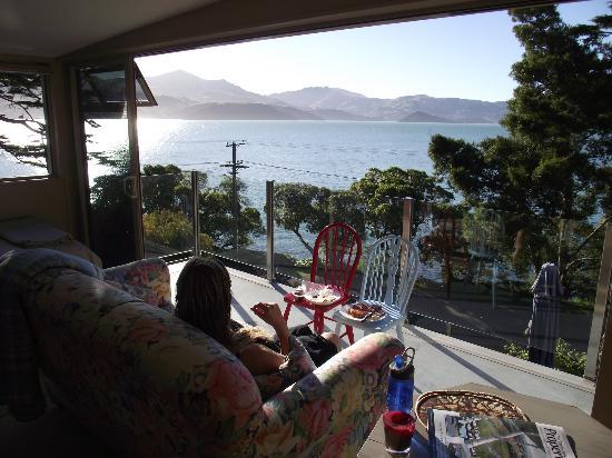 Akaroa on the Beach: A great way to spend an autumn afternoon at the Penthouse Studio