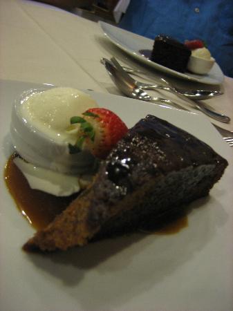 Desert Cave Hotel: Dessert