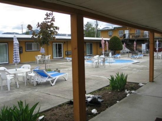 Sahara Courtyard Inn: Courtyard
