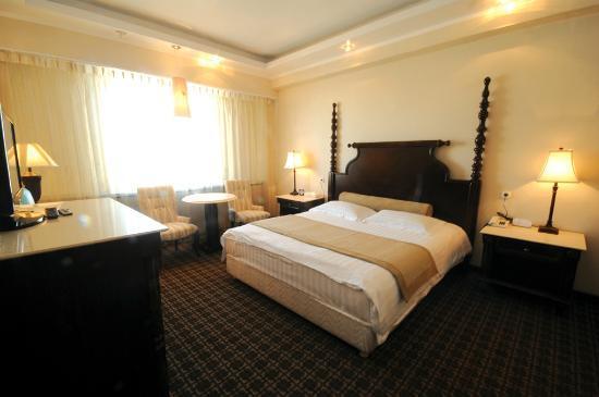 Chinggis Khaan Hotel: crown mansion standard room