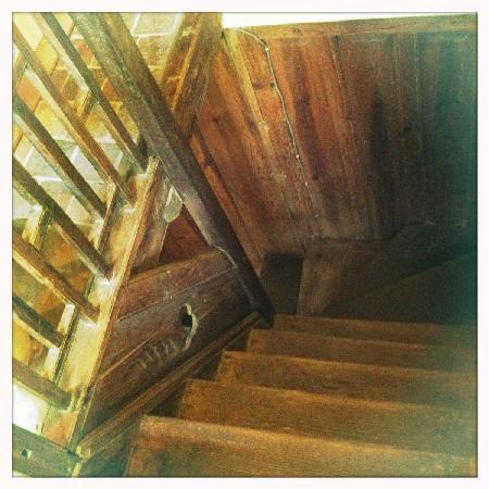Traditional Homes - SWOTHA: Stair Case