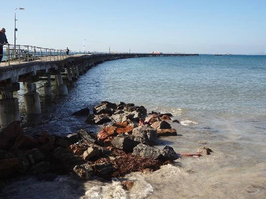 Esperance Bay Holiday Park: The Tanker Jetty - a worthwhile 20 minute walk from the Holiday Park