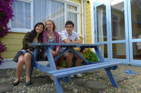 Yellow House Bed & Breakfast: Picture with Jan, the awesome host!