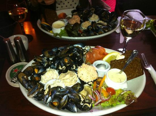 Leenane Hotel: Seafood Platter..... DELICIOUS!!