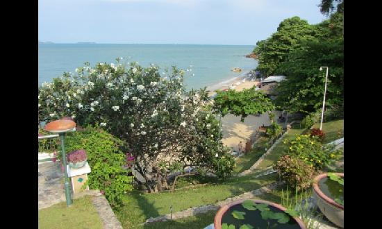 Asia Pattaya Hotel: Beach