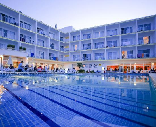 Smartline Panoramic Hotel : terraza