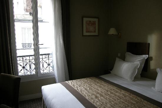 Acacias Etoile Hotel: Camera 414