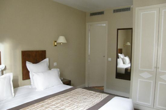 Acacias Etoile Hotel: Camera414