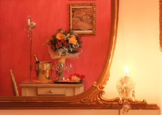 Relais Alcova del Doge: paricolare della nostra camera romantica