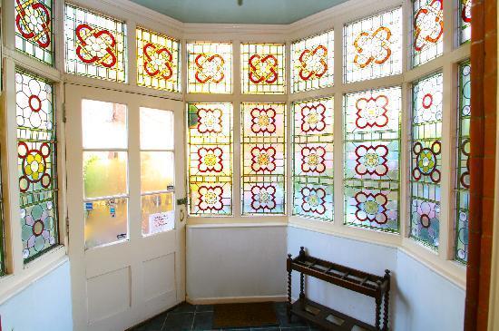 Awentsbury Hotel Birmingham: Foyer - entrance