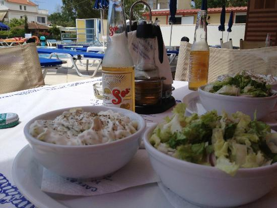 Alykanas Beach Apart-Hotel: Lunch at Bonkers