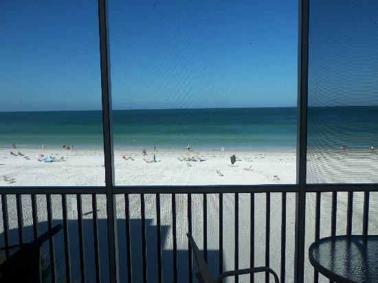 Crescent Arms Condominiums: Full front beach view
