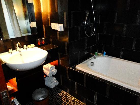 Kuta Seaview Boutique Resort & Spa: Lanai Deluxe Room's Toilet