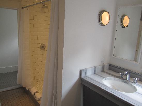 Crew's Quarters : New Bath Floor Two