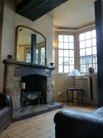 Marlborough Arms: reception area