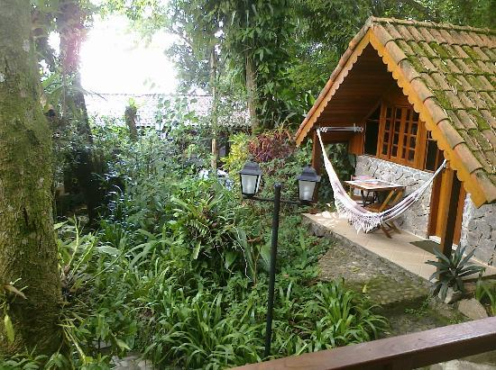 Aratinga Inn: Beautiful little bungalow, very quiet and in a wonderful garden
