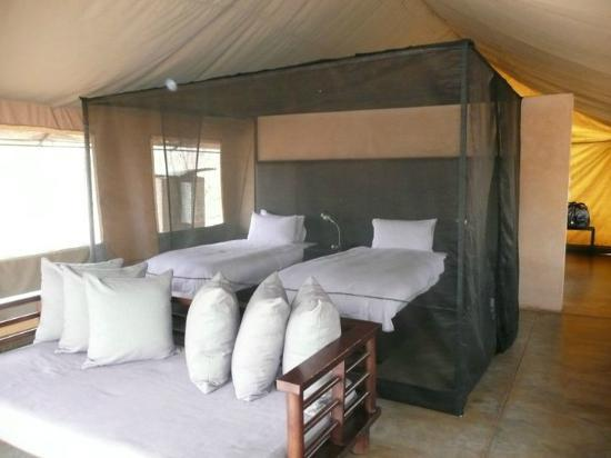 Honeyguide Khoka Moya & Mantobeni Camps: Zo slaap je in een tent