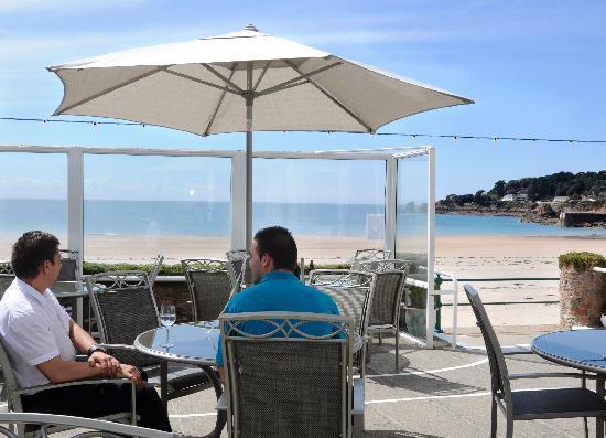 Beau Rivage Hotel: Terrace