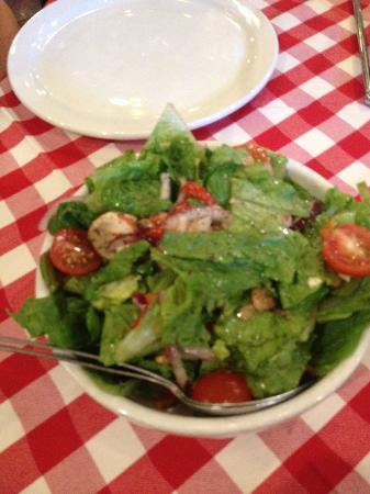Grimaldis Pizzeria : Small House Salad