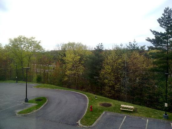 ‪‪Hampton Inn & Suites Westford - Chelmsford‬: View‬