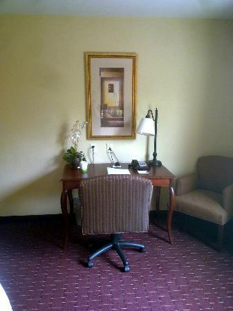 ‪‪Hampton Inn & Suites Westford - Chelmsford‬: Room‬